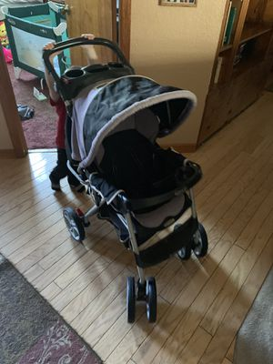 Graco baby stroller for Sale in Spring Hill, FL