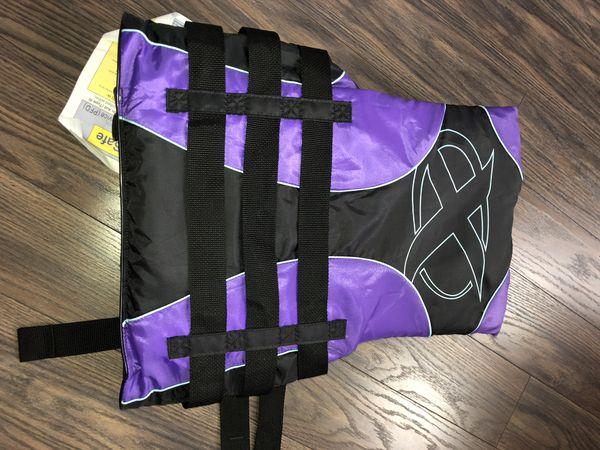 NWT DBX Vector Series Life Jacket X-Small