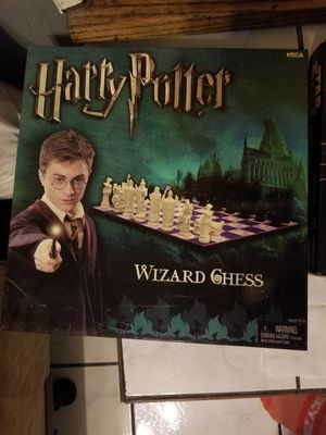 Rare* Harry Potter wizard chess for Sale in Norwalk, CA