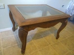 Antique End coffee table for Sale in Riverside, CA