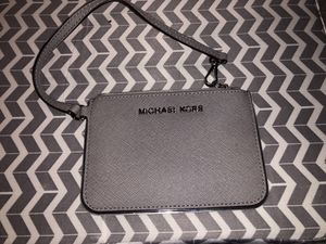Michael Kors wallet for Sale in Puyallup, WA