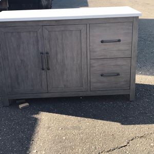 Kitchen Island for Sale in Spring Valley, CA