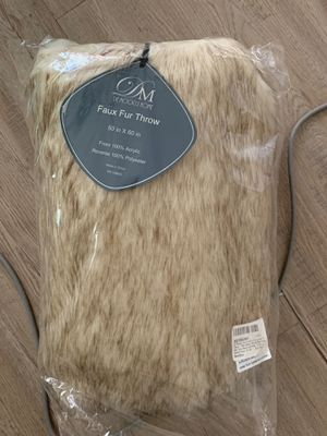 Fur Throw Blanket for Sale in San Diego, CA