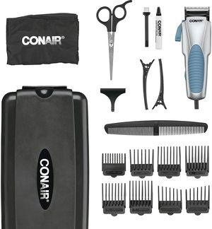 Con Air clippers only, with a few blades used for Sale in Los Angeles, CA