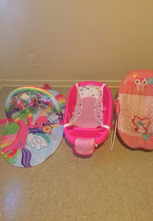 Infant tub (0-12) tummy time & bouncer for Sale in Rocky Mount, NC