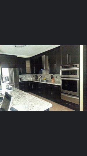 Kitchen cabinets for Sale in Dania Beach, FL