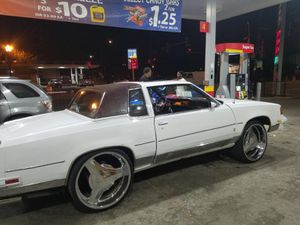 Cutlass supreme for Sale in Chicago, IL
