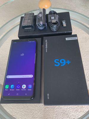 Samsung Galaxy S9 Plus 64GB Unlock Midnight black/ Coral Blue for Sale in Glenview, IL