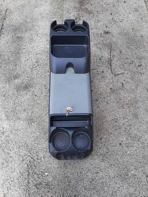 CUSTOM CENTER CONSOLE COMES WITH KEYS SIZE 8 X 27 for Sale in Fontana, CA