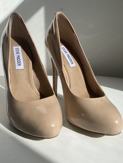 """Steve Madden 5"""" Heels Nude Size 7 for Sale in West Palm Beach,  FL"""