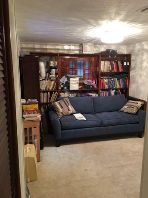 Sleeper sofa -Cindy Crawford Home Newport Indigo Sleeper for Sale in Miami, FL