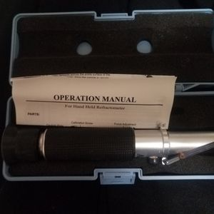 Saltwater Refractometer for Sale in Snohomish, WA