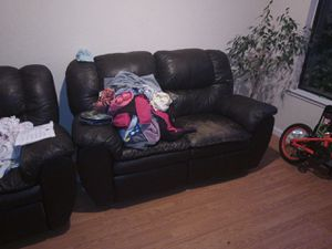 Free used leather couch for Sale in Antioch, CA