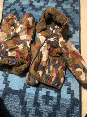 Patagonia rain snow reversible jacket and pants 3T for Sale in Renton, WA