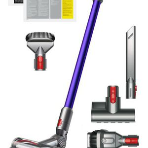 Dyson V10 Animal Cyclone for Sale in Lake Elsinore, CA