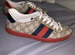 Gucci ace sneakers for Sale in Mount Pleasant, WI