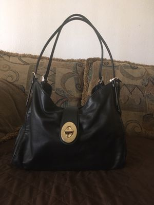 Beautiful Coach purse for Sale in Escondido, CA