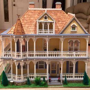 Doll house for Sale in Miramar, FL