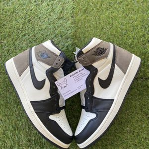 Jordan 1 Mocha for Sale in Anaheim, CA
