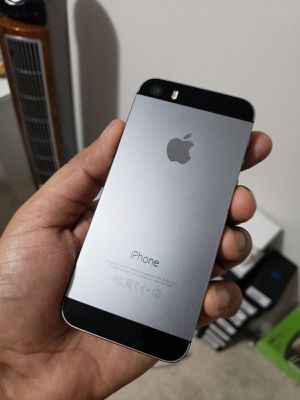 iPhone 5S, Factory Unlocked.. Excellent Condition. for Sale in Springfield, VA