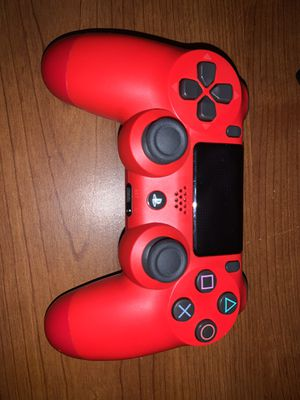 Ps4 for sale with controller for Sale in SIENNA PLANT, TX