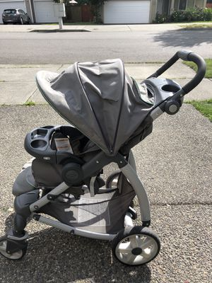 Graco Click Connect Infant Car Seat + Stroller for Sale in Monroe, WA