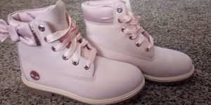Timberland boots pink for Sale in Garland, TX