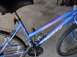 Lady's bike for Sale in Tinley Park, IL