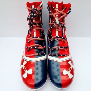UNDER ARMOUR HIGHLIGHT MC LE FOOTBALL CLEATS 3021191-600 STARS STRIPES Size 12 for Sale in East Wenatchee, WA