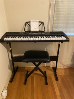 BCP 61 Keyboard With Seat!  for Sale in Sacramento, CA