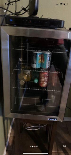 Mini fridge 90 can for Sale in Midland, TX