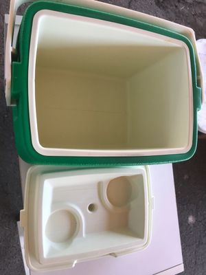 Small cooler for Sale in Oakland, CA