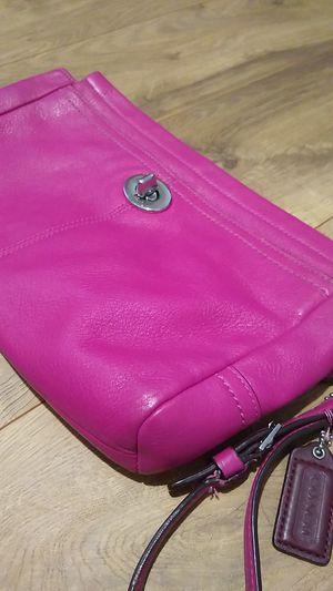 hot Pink coach purse for Sale in Winter Garden, FL