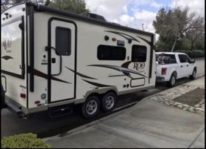 2017 19' Rockwood Roo by Forest River Travel Trailer for Sale in Upland, CA