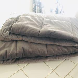 Weighted Blanket for Sale in Manhattan Beach, CA