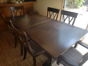 Quality kitchen dining table. for Sale in Bakersfield, CA
