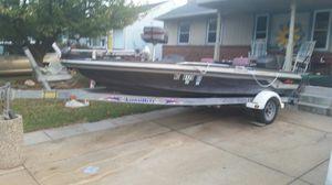 1993 Astro bass boat 115 horsepower Evinrude boat motor and trailer for Sale in Glenarden, MD
