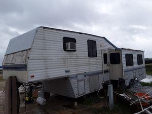 Camper no title for Sale in Iowa, LA