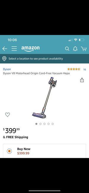 Dyson v8 vacuum for Sale in Farmington Hills, MI