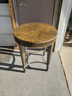 Side table for Sale in Lake Elsinore, CA