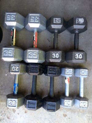 Dumbbells 210lbs with 8 pairs for Sale in Aurora, CO