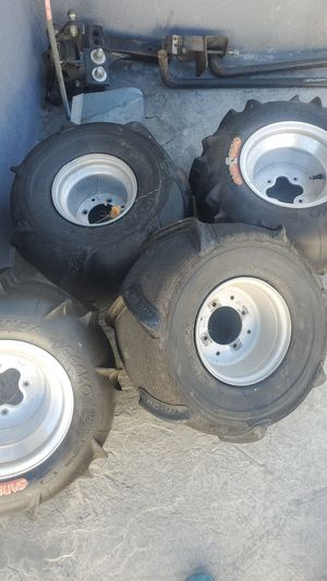 This rims are for honda 250 ex 2004 or honda 400 ex 2005 or 450 also fit for Sale in Buena Park, CA