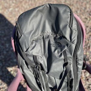 Large North Face Daypack for Sale in Phoenix, AZ