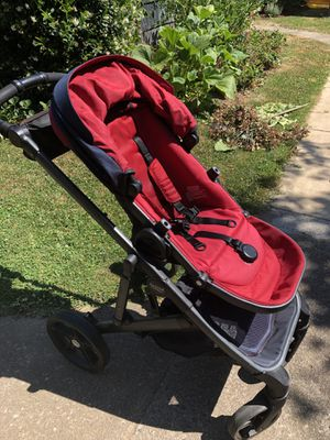 2017 Britax B Ready (Red/Black) for Sale in Portland, OR