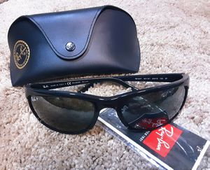 New authentic men's RAY-BAN RB2027 PREDATOR 2 Polarized sunglasses ( No cracks or scratches) for Sale in Fresno, CA