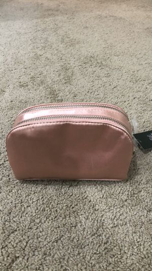 New Cosmetic Bag for Sale in Highland Park, IL