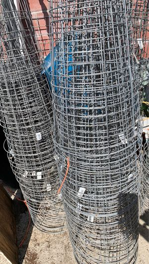 "42"" galvanized tomato cages $3.00 each for Sale in Anaheim, CA"