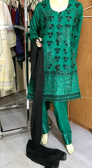 Viscous embroidered sequins work dress for Sale in Jersey City, NJ