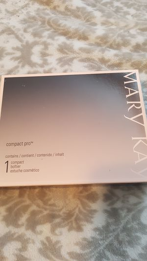 Mary Kay Compact Pro for Sale in Eagle Lake, FL