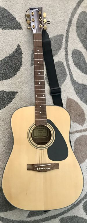 YAMAHA SCF08 Acoustic guitar w/ accessories for Sale in Ontario, CA